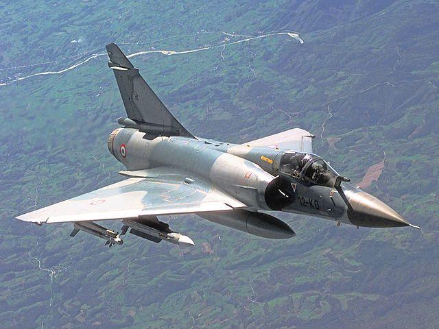 Dassault Rafale vs Dassault Mirage 2000 | Comparison jet