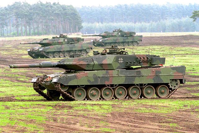 615c69e17720 ... via Commons - https   commons.wikimedia.org wiki File Leopard 2 A5 der Bundeswehr.jpg  media File Leopard 2 A5 der Bundeswehr.jpg  License. AMX Leclerc